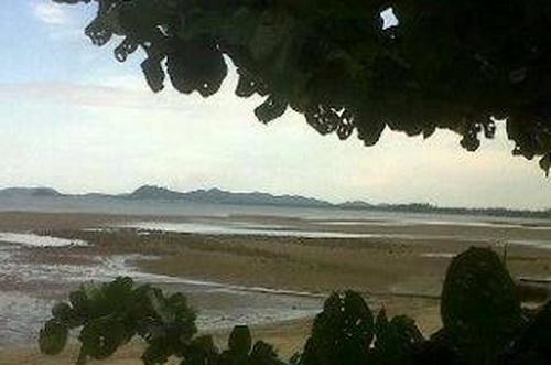 Sóng thần 1m đánh vào đảo Sumatra